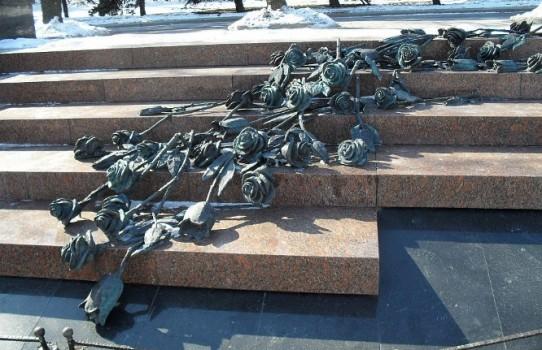 """Мемориал """"Розы"""" в Минске"""