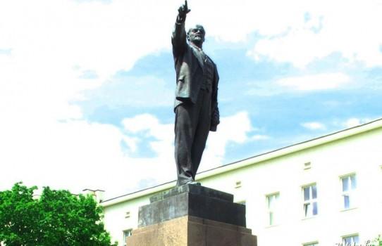 Памятник Ленину в Бресте
