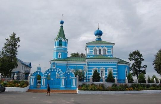Свято-Покровская церковь в деревне Корма