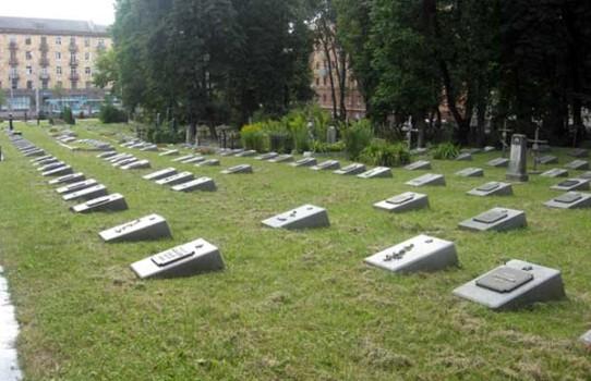 Военное кладбище в Минске