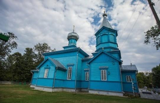 Церковь Рождества Богородицы в деревне Дивин